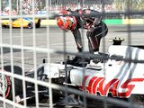 Haas makes changes to pit crew for Bahrain