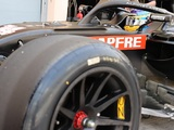 Alonso rounds out Pirelli's 18-inch tyre test from Bahrain