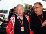 Marchionne: F1 needs to find 'halfway house'