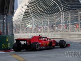 Vettel pulls clear in final Singapore F1 practice