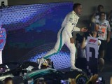 Mercedes inspired by 'complete machine' Lewis Hamilton