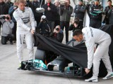 Mercedes 'on target' to run new car in January