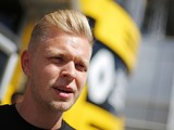 F1 2017: Kevin Magnussen keen to stay with Renault