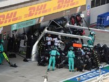 Mercedes: Tyre concerns triggered early Hamilton F1 Russian GP stop