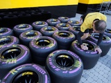 Drivers stack on ultra-soft F1 tyres for Monaco
