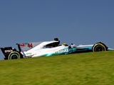FP1: Hamilton sets early pace in Brazil