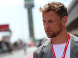 Jenson pushes buttons with Hamilton comments