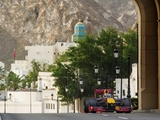Coulthard completes Oman demonstration