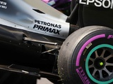Mercedes calls for FIA to act on kerbs