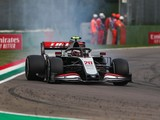Magnussen had 'massive headache' from faulty gearbox