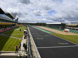 Drivers warned on Silverstone track limits