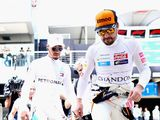 Alonso hits out at hypocritical Hamilton