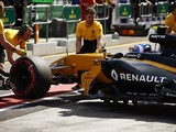 Renault reverts to old MGU-K for Australian GP amid reliability woe