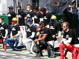 Hamilton thanks the 13 F1 drivers who took a knee before race in Austria