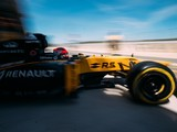 Robert Kubica tests Renault F1 car for first time since 2011 crash