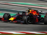 Red Bull changes Verstappen's engine early due to oil leak