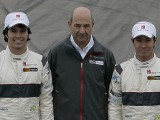 Official: Sauber retains Kobayashi and Perez for 2012