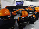 Further PU woes hamper McLaren's first day of testing in Bahrain