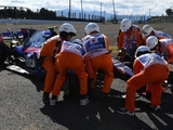 Sainz Jr. 'risked everything' on opening lap