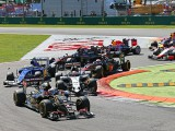 Lotus calls for cautious first laps