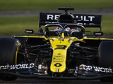 "Ricciardo calls for Abu Dhabi track change after ""grim"" race"