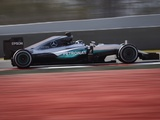Rosberg fastest as final test begins