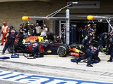 Red Bull F1 boss Horner explains Verstappen's US GP pitstop error