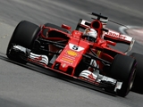 Hamilton 'annoys' Vettel in 'tricky' second practice