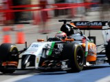 Perez tops the times as final test gets underway