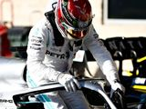 Hamilton takes blame, left in 'danger zone'