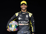 Ricciardo shows off striking new helmet design