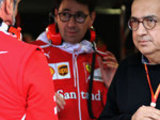 Ferrari-Merc gap 'embarrassing'