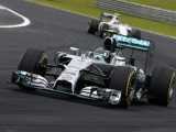 Rosberg wins as Hamilton recovers from spin