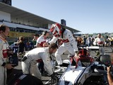 "Alfa Romeo F1 drivers baffled by ""far from normal"" Suzuka weekend"