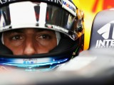 Daniel Ricciardo doesn't see the point in finishing season in 'cursed' car