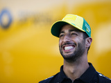 Ricciardo will take a pay cut confirms Abiteboul