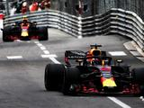 Daniel Ricciardo tops Monaco FP3 as Max Verstappen crashes out