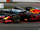 Stewart expects Red Bull role in title showdown