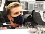 Schumacher's seat fit a 'very difficult' process