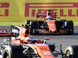 Fernando Alonso given penalty points for blocking leaders in Japan