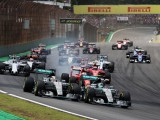 Rosberg defeats Hamilton in Brazil