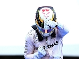 Hamilton blames 'big understeer' for Rosberg contact