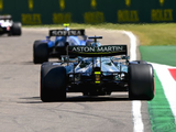 """Aston Martin slated as """"naive"""" by Red Bull over rule change threat"""