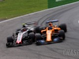 Alonso hits out at Magnussen over 'not very clever' qualifying scrap