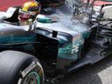 Hamilton suffers early breakdown