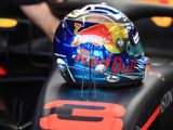 Lewis Hamilton Feels Daniel Ricciardo's Future Lies with Red Bull