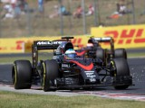Alonso delights with 'little present'