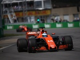 Honda blowout robs Alonso, McLaren point in sight of finish