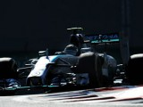 Rosberg takes pole for championship decider