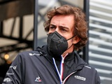 Alonso delays release of autobiography until after racing retirement